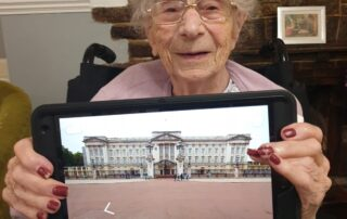Virtual Tour of Buckingham Palace at The Firs